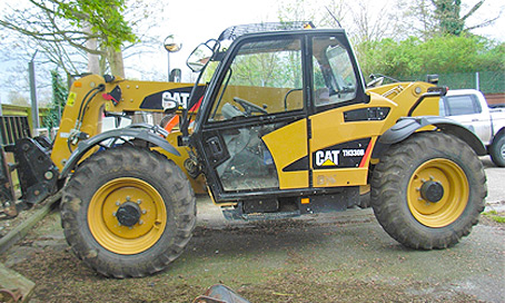 Cat TH330B Telehandler